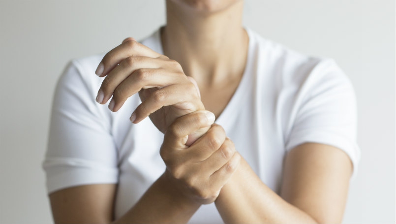 Hand and wrist pain: What causes it? What can you do about